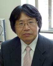 教授 河崎 雅人